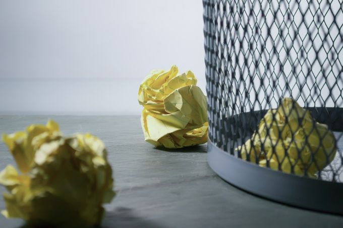 Separate dry and wet waste