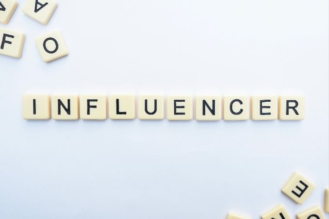 Get in touch with influencers