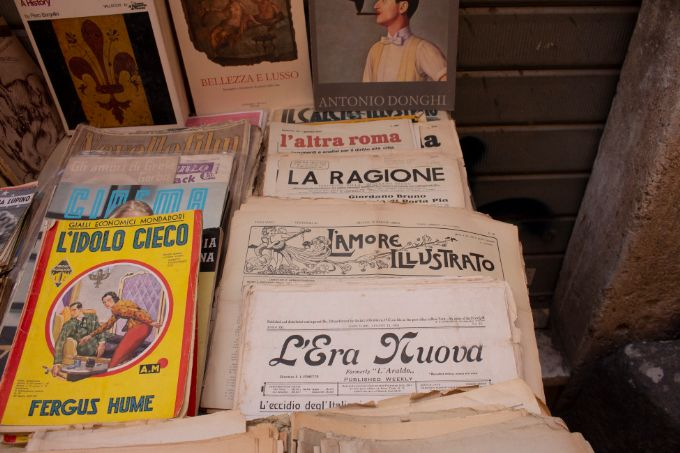 Read children's book in Spanish