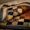 image for topic 'Bind a quilt'