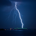 image for topic 'Photograph lightning'